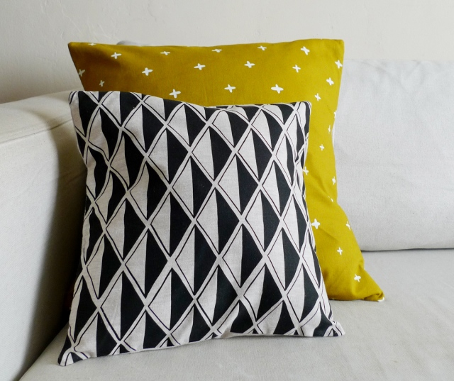 black diamond pillow
