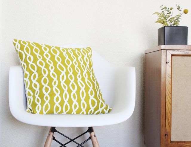 Cotton & Flax DNA Pillow from the S/S Collection